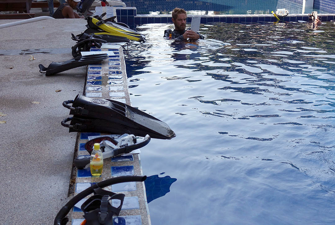 idckohtao.com-padi-equipment-specialist-instructor-specialty-courses-kohtao-island
