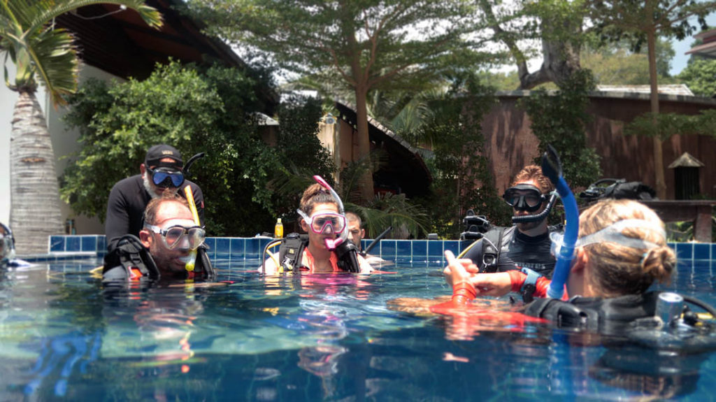 idckohtao.com-padi-assistant-instructor-course-koh-tao