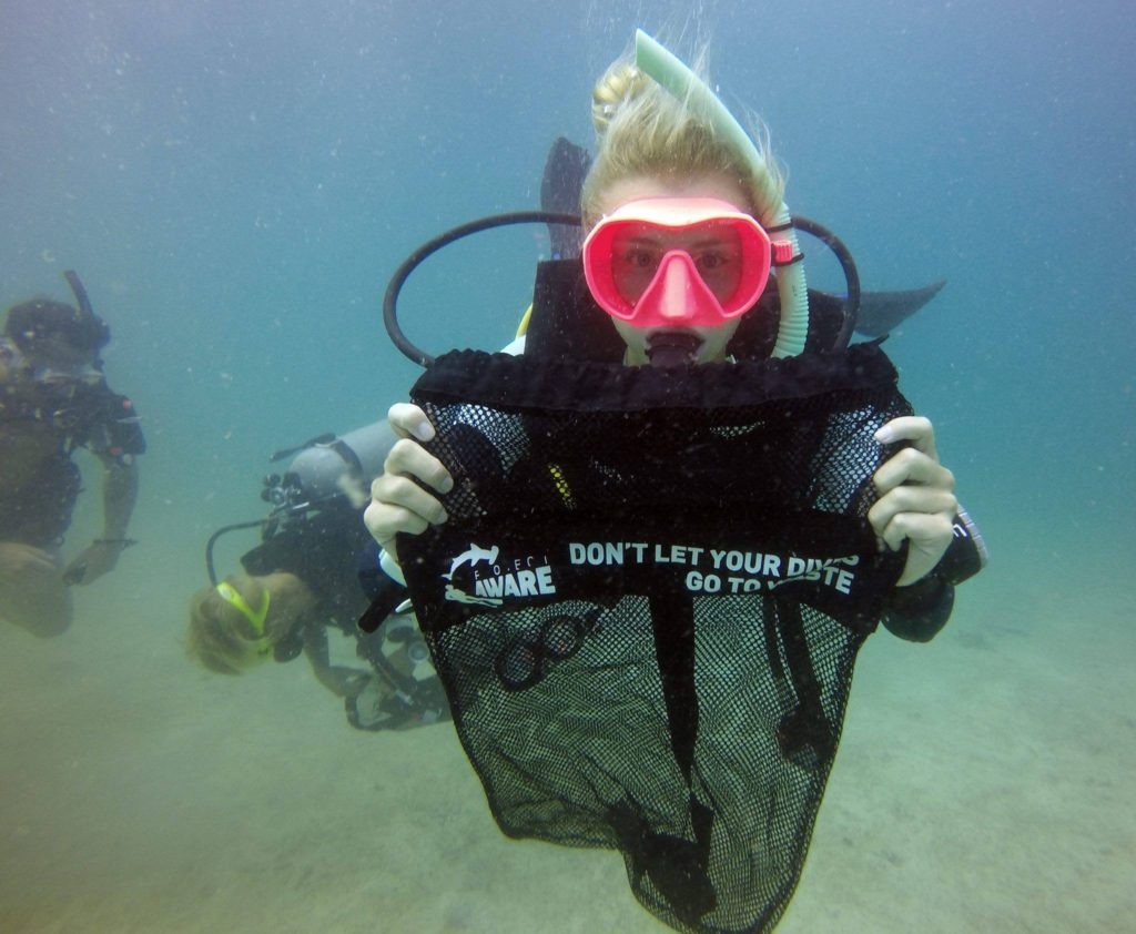 crystaldive.com project aware dive against debris