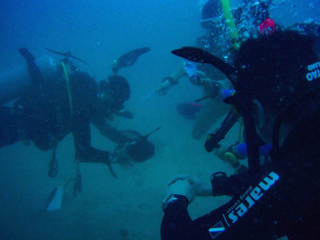 idckohtao.com-deep-instructor-specialty-diving-padi-msdt-course-koh-tao-crystal-dive