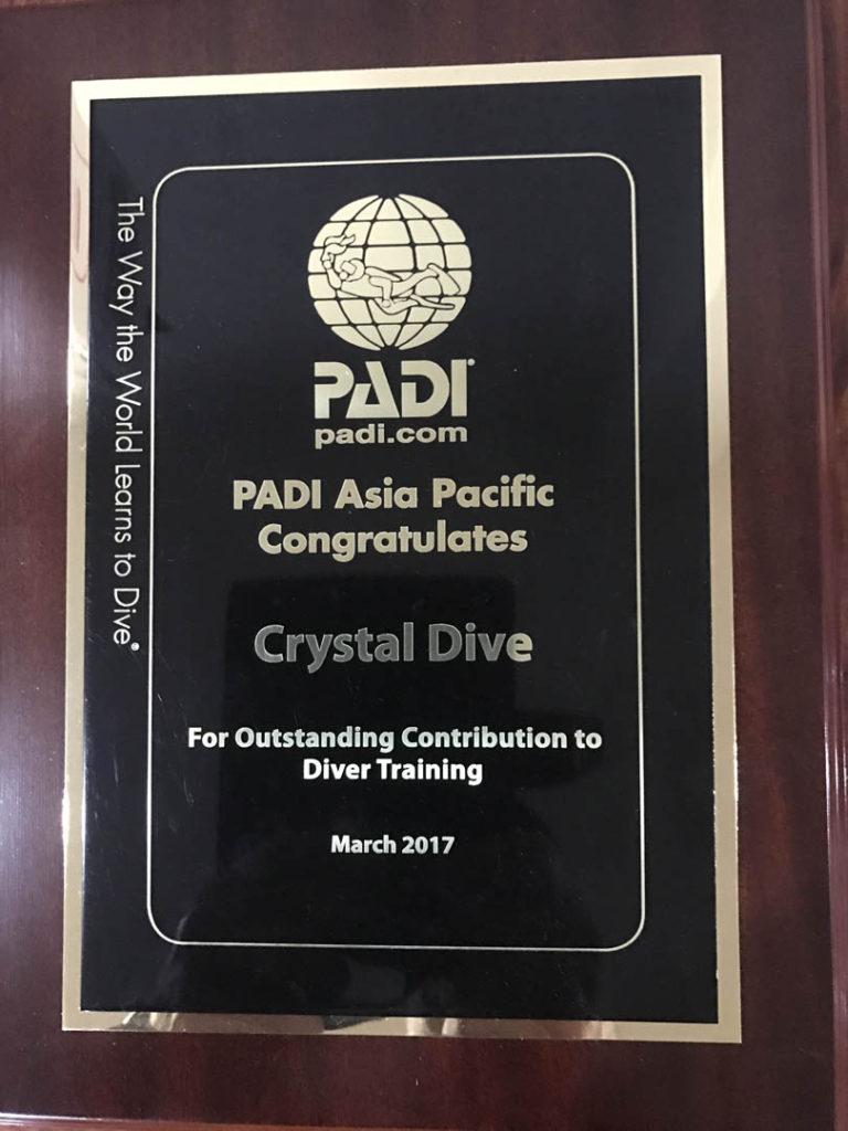 idckohtao.com-padi-cdtc-prep-crystal-dive-awards-2017-with-matt-bolton-on-kohtao