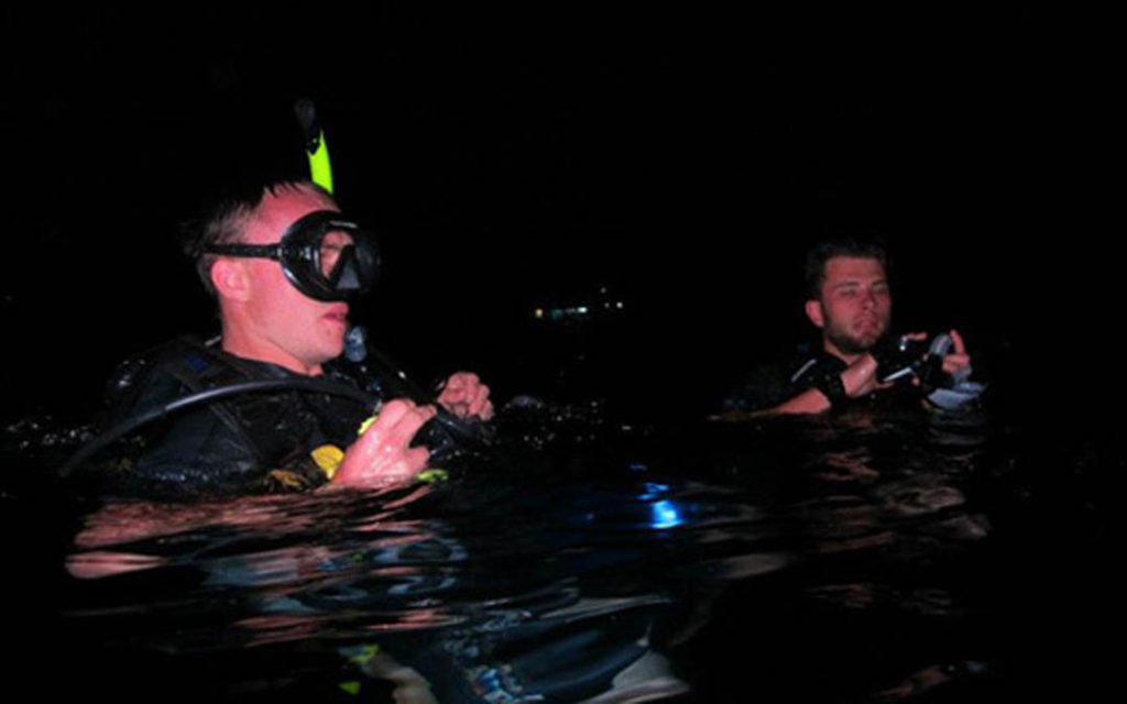 idckohtao.com-padi-night-diver-instructor-specialty-course-kohtao-island