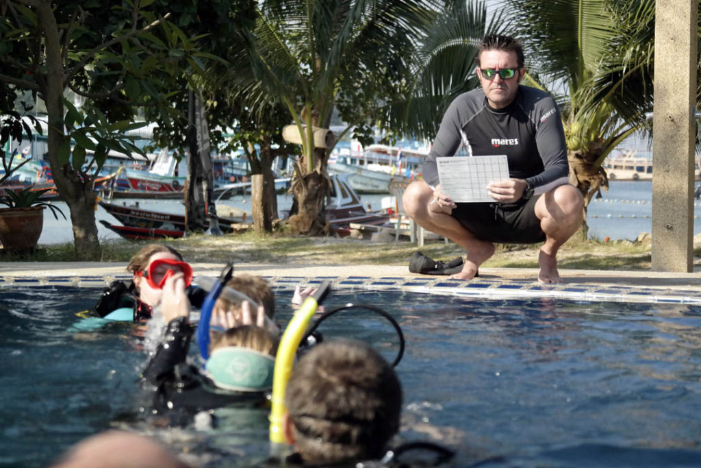 idckohtao.com-pool-training-scoring-padi-course-director