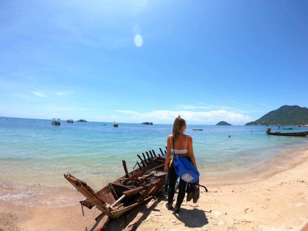 idckohtao.com andrea warren padi course director koh tao beach