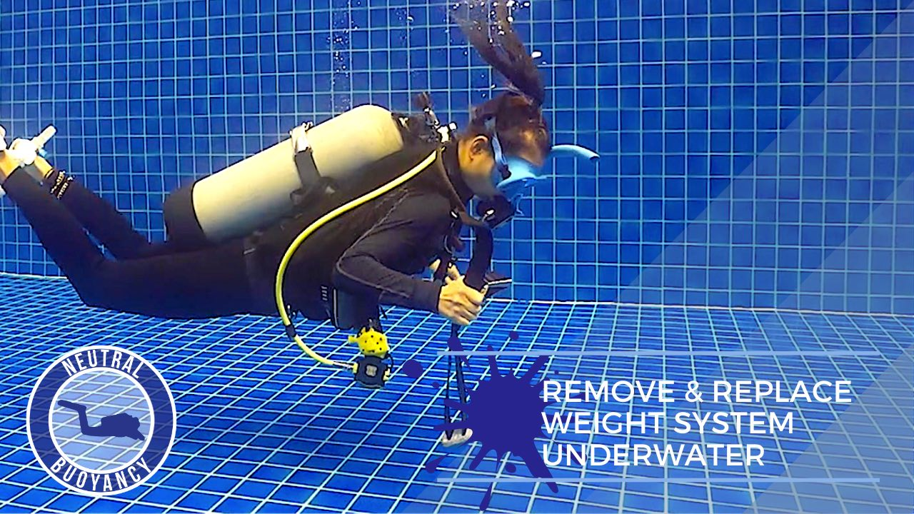 idckohtao.com divemaster skills in neutrally buoyant Remove and replace weight system underwater