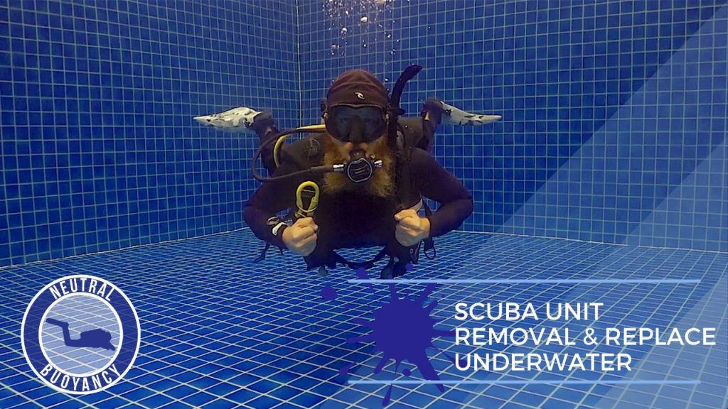 idckohtao.com divemaster skills neutrally buoyant scuba unit removal and replace Equipment underwater