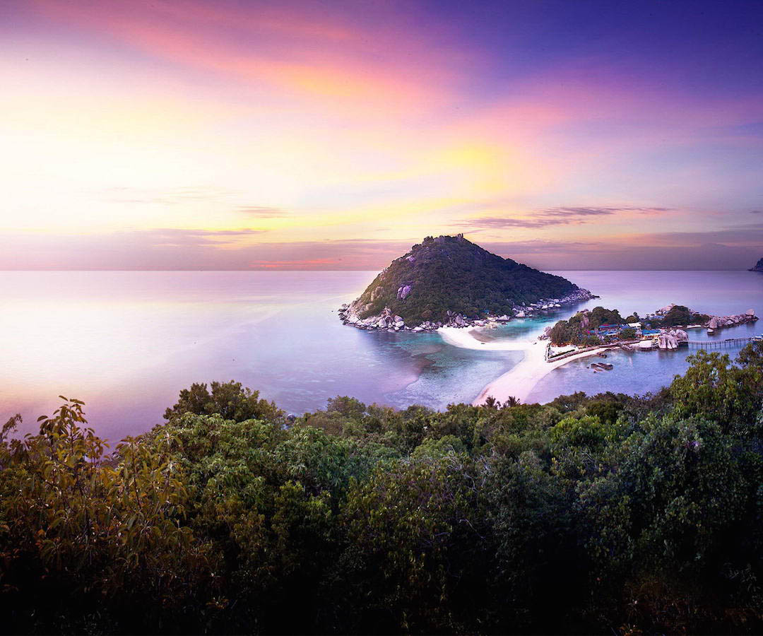 idckohtao.com-padi-instructor-development-course-and-scuba-diving-internship-lifestyle-packages-on-kohtao-beach-nangyuan