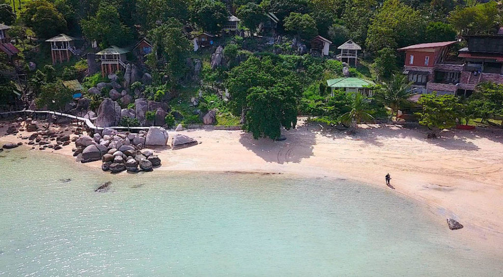 idckohtao.com-padi-instructor-development-course-and-scuba-diving-internship-lifestyle-packages-on-koh-tao-beaches
