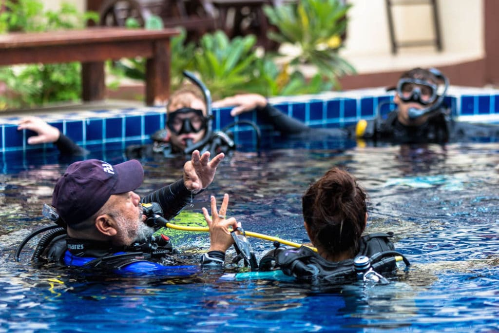 idckohtao.com-padi-instructor-development-course-and-scuba-diving-internship-on-kohtao-at-crystal-dive
