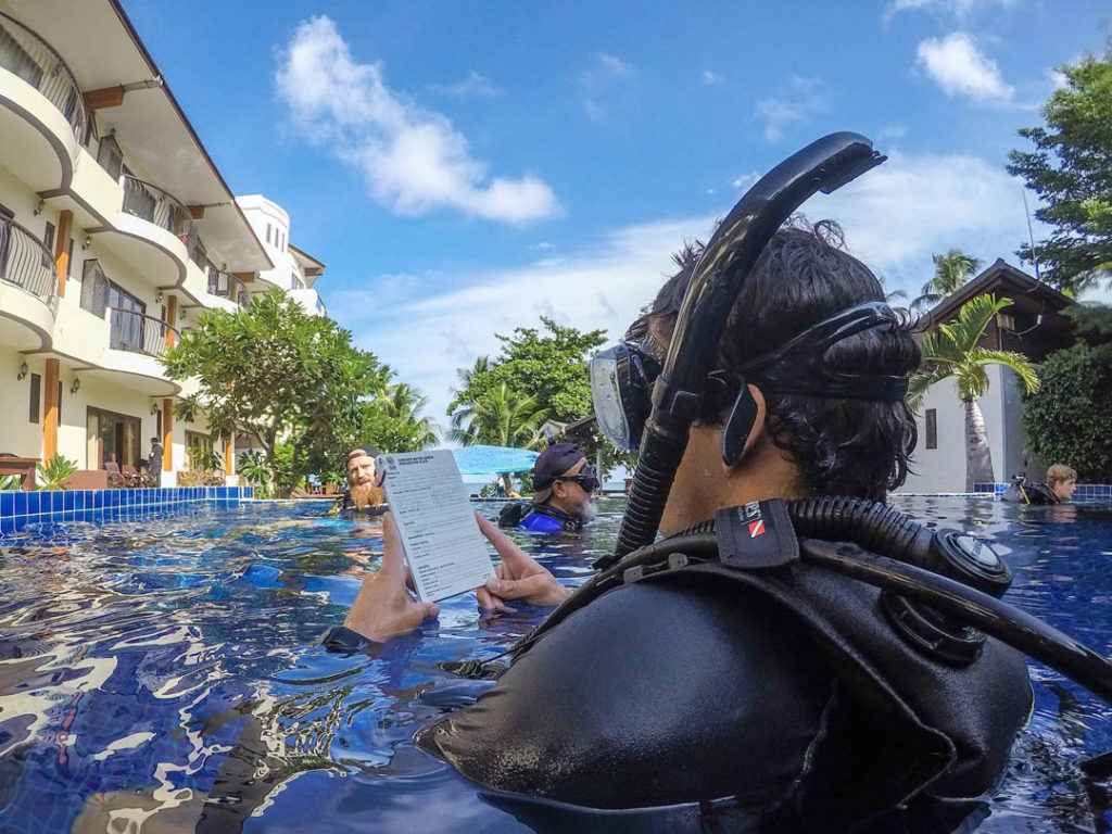 idckohtao.com-padi-instructor-development-course-and-scuba-diving-internship-on-kohtao-at-crystal-dive-kohtao