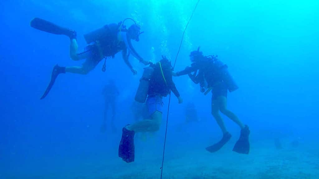 idckohtao.com-padi-instructor-development-course-and-scuba-diving-internship-on-kohtao-island-open-water-skills