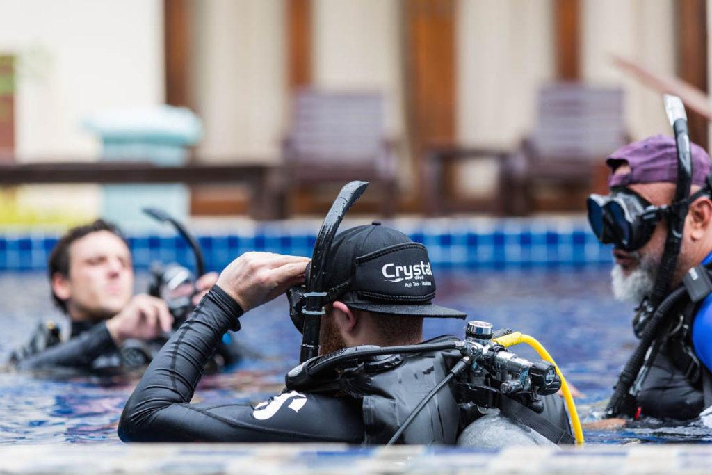 idckohtao.com-padi-instructor-development-course-and-scuba-diving-internships-on-kohtao-crystal-dive-pool