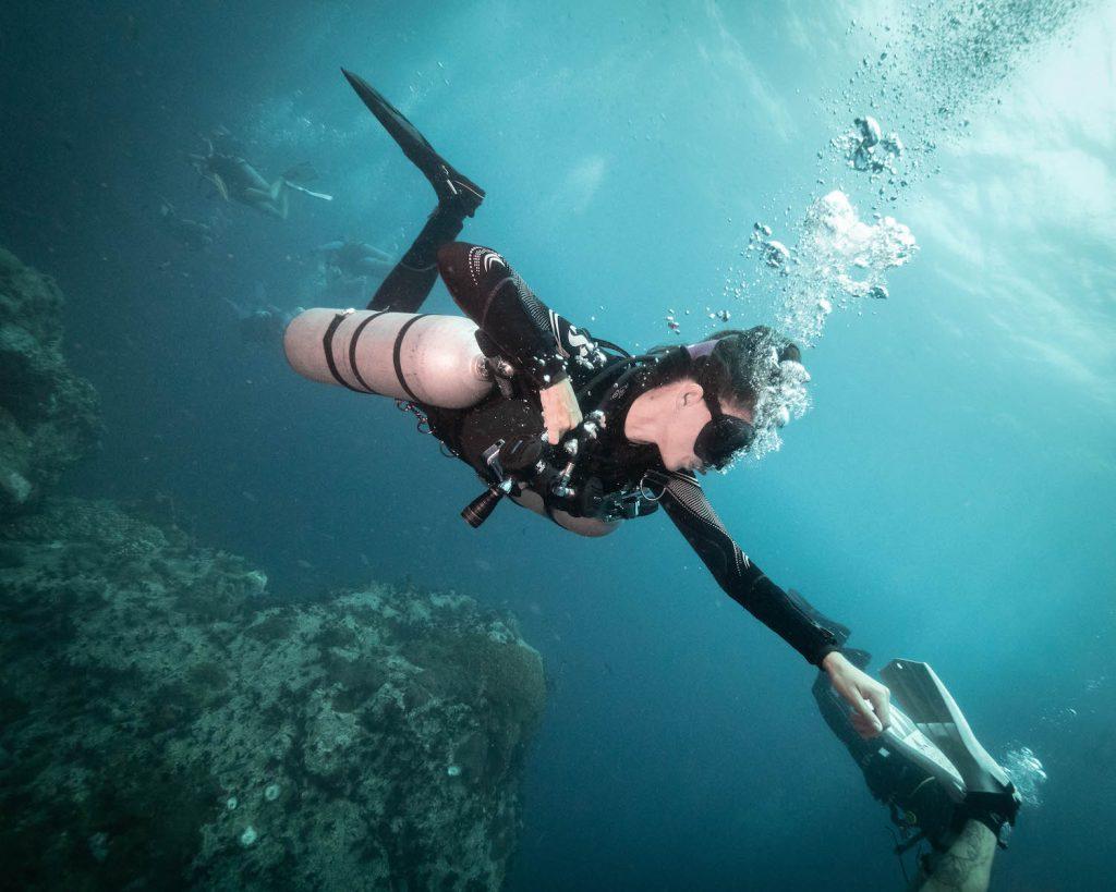 idckohtao.com sidemount buoyancy koh tao