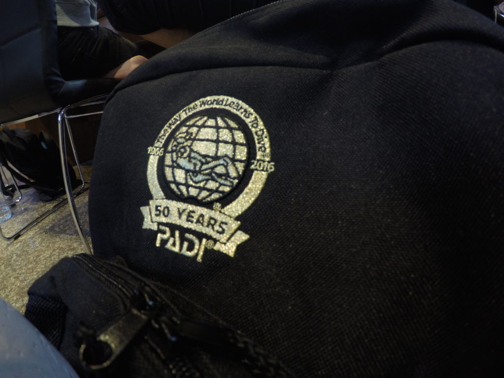 idckohtao.com-thailand-orientation-padi-bag