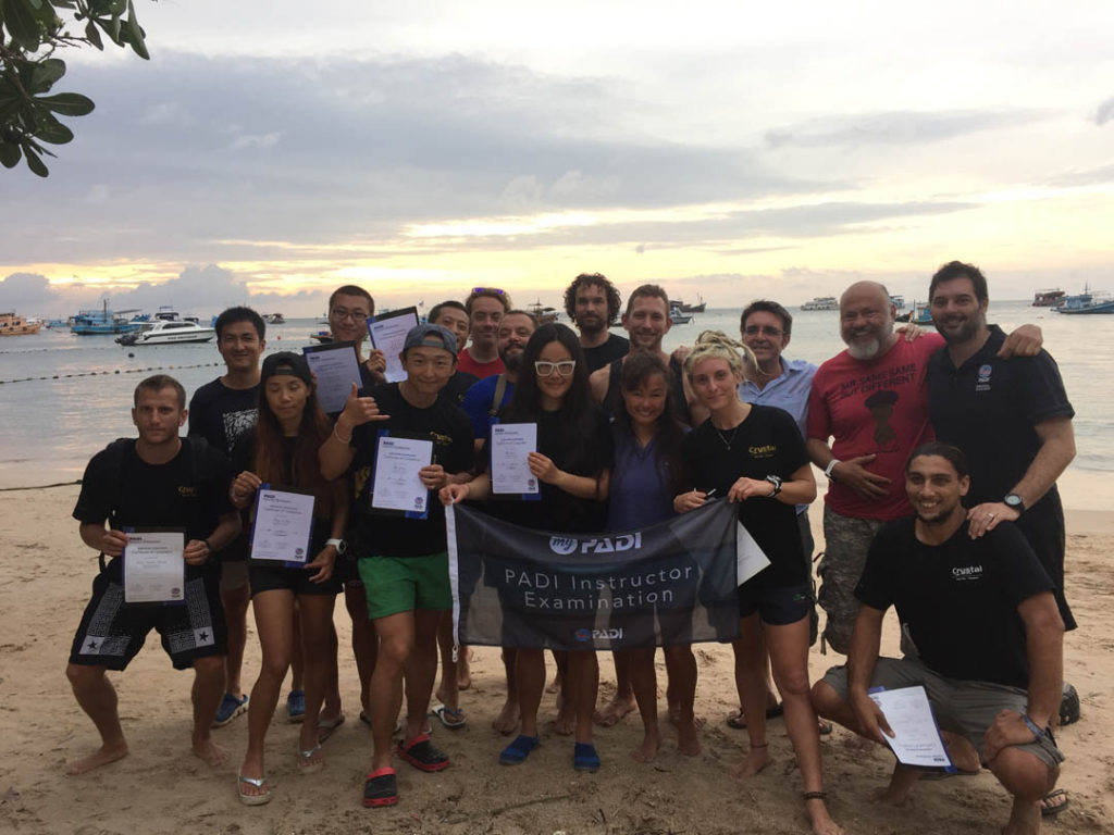 koh-tao-crystal-dive-instructors-candidates-padi-ie-pass